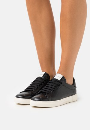 STAN ALL OVER EAGLE - Trainers - black