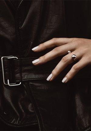 BIG BOMB - Ring - silver