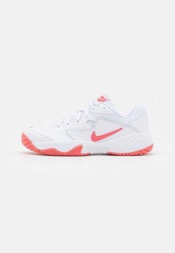 COURT LITE 2 - Zapatillas de tenis para todas las superficies - white/pink salt