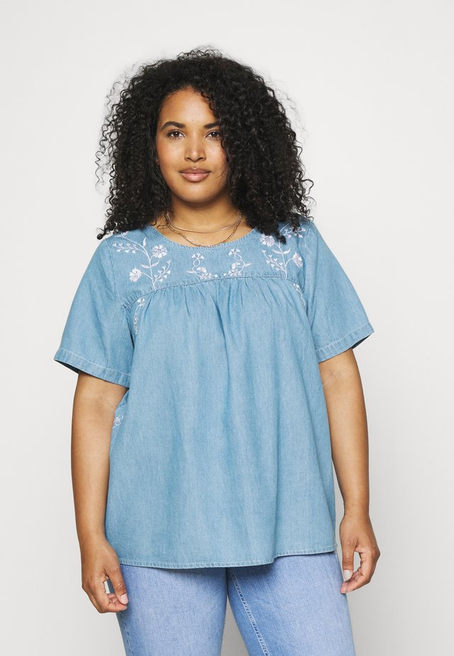XANNALU - T-shirt print - light blue denim