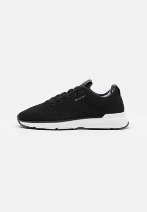 BEEKER - Trainers - black