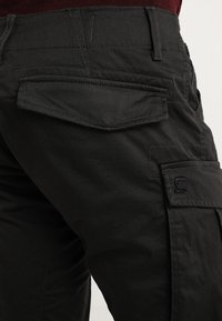 G-Star - ROVIC ZIP 3D STRAIGHT TAPERED - Pantalon cargo - raven - 5
