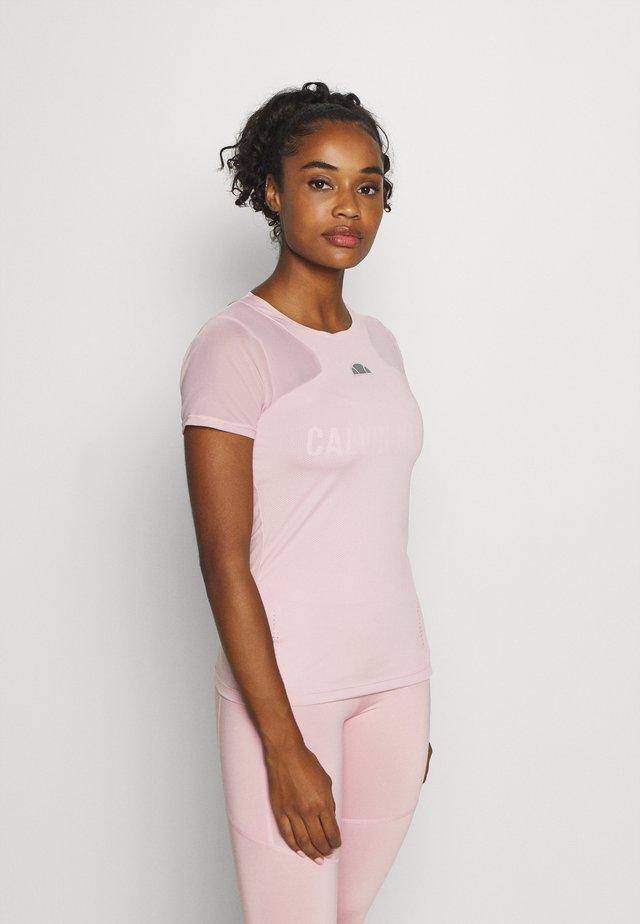 UNA - Jednoduché triko - pink