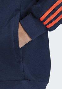 adidas Originals - OUTLINE HOODIE - Bluza z kapturem - blue - 6