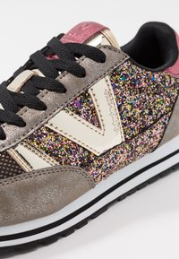 Victoria Shoes - Trainers - oro - 2