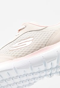 Skechers Sport - FLEX APPEAL 3.0 - Zapatillas - natural/pink