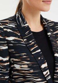 WE Fashion - MET STRETCH EN DESSIN - Blazer - black/white/ orange - 3