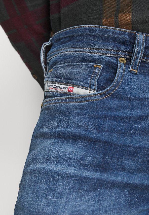 Diesel SLEENKER - Jeansy Skinny Fit - medium blue/niebieski denim Odzież Męska WFJU