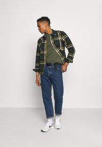 Levi's® - LOGO TEE UNISEX - T-shirt basic - greens - 1
