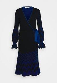 Diane von Furstenberg - CHELSEY DRESS - Jumper dress - black/harringbone dark ocean - 4