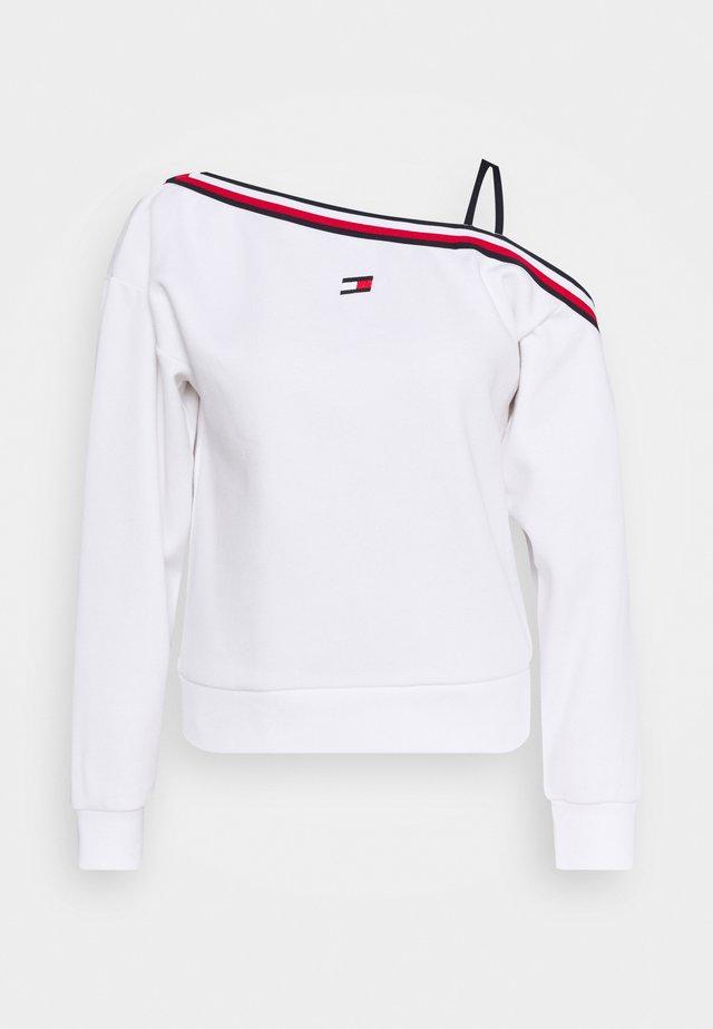 ONE SHOULDER CREW NECK - Felpa - white
