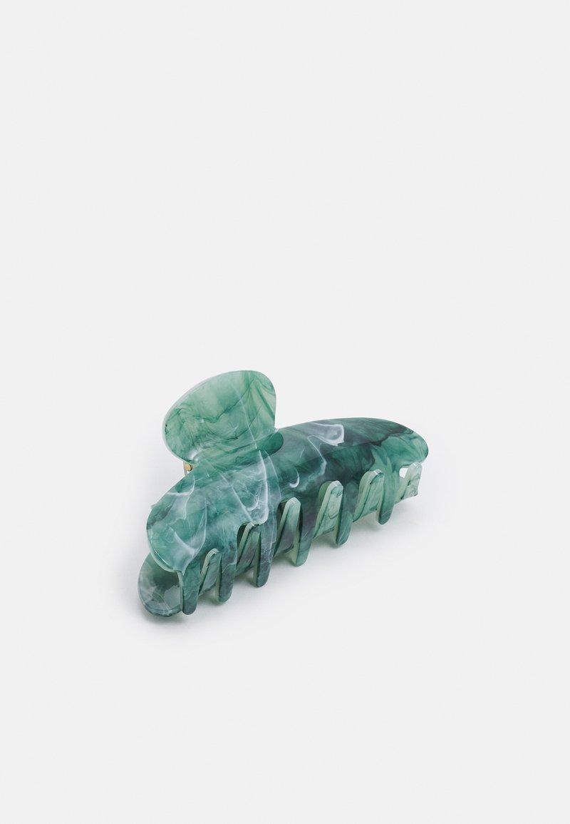 Pieces - PCMISA HAIR SHARK - Hair styling accessory - jade lime