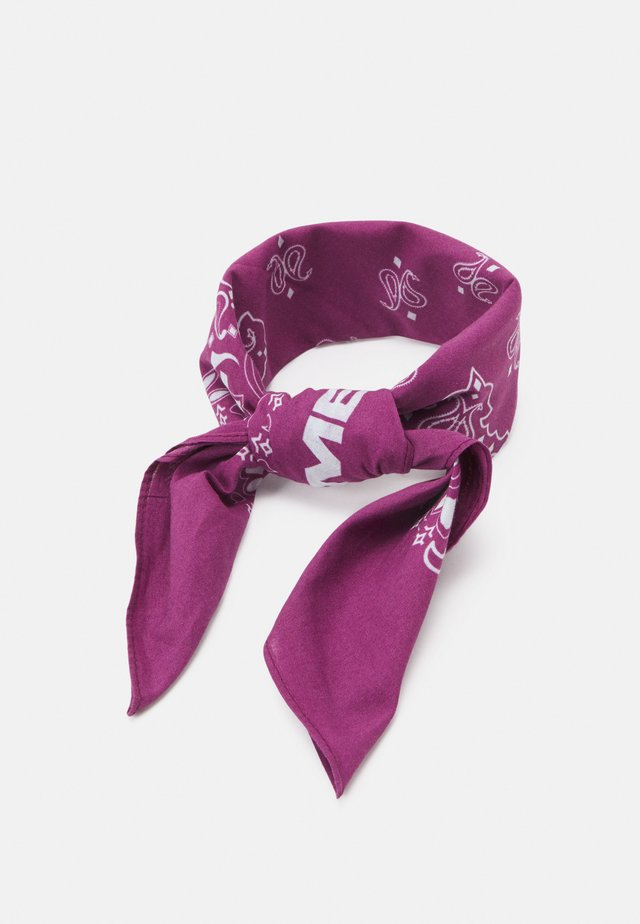 PAISLEY PRINT BANDANA UNISEX - Šátek - purple