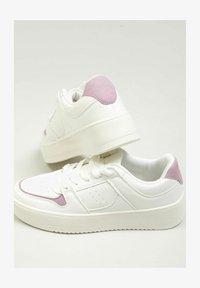 Pimkie - Sneakersy niskie - altweiß - 0
