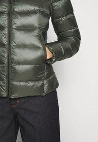 Blauer - GIUBBINI CORTI IMBOTTITO PIUMA - Down jacket - olive - 5