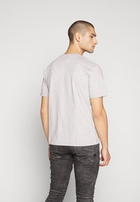 Russell Athletic Eagle R - BASELINERS TEE  - T-shirt basic - new grey - 2