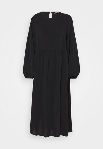 OVERSIZED MIDI DRESS - Day dress - black