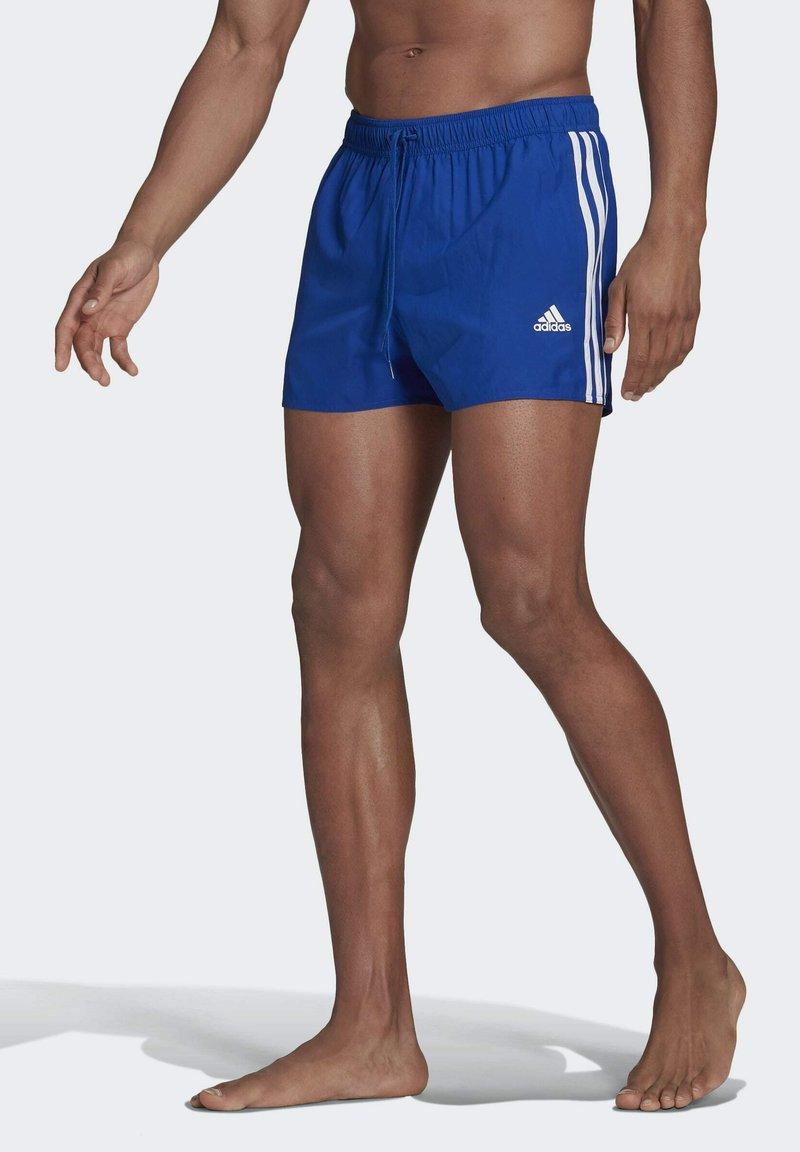 adidas Performance - CLASSIC 3-STRIPES   - Surfshorts - blue