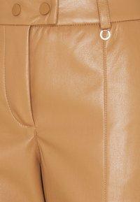 comma - Pantalon classique - camel - 2