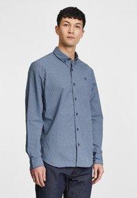 Timberland - SUNCOOK RIVER POPLIN SHIRT - Shirt - dark denim - 0