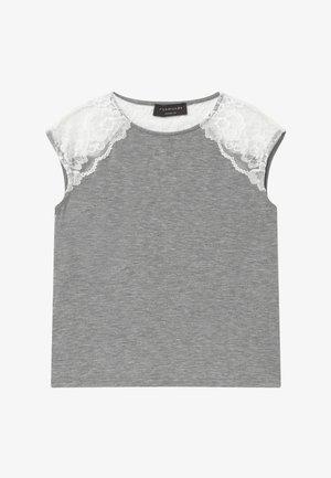 BERLIN - T-shirt z nadrukiem - light grey