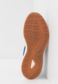 Puma - NRGY NEKO SKIM AC PS - Neutral running shoes - white/high risk red/bright cobalt - 5