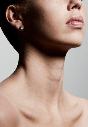 BATHILDA  - Boucles d'oreilles - silver-coloured