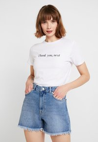 New Look - THANK YOU NEXT TEE - T-shirt imprimé - white - 0