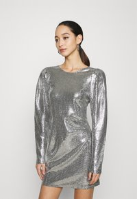 Gina Tricot - AUGUSTA SEQUINS DRESS EXCLUSIVE - Cocktail dress / Party dress - silver - 0