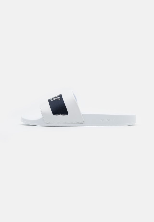 ROMA SLIDES - Mules - white/navy/silver