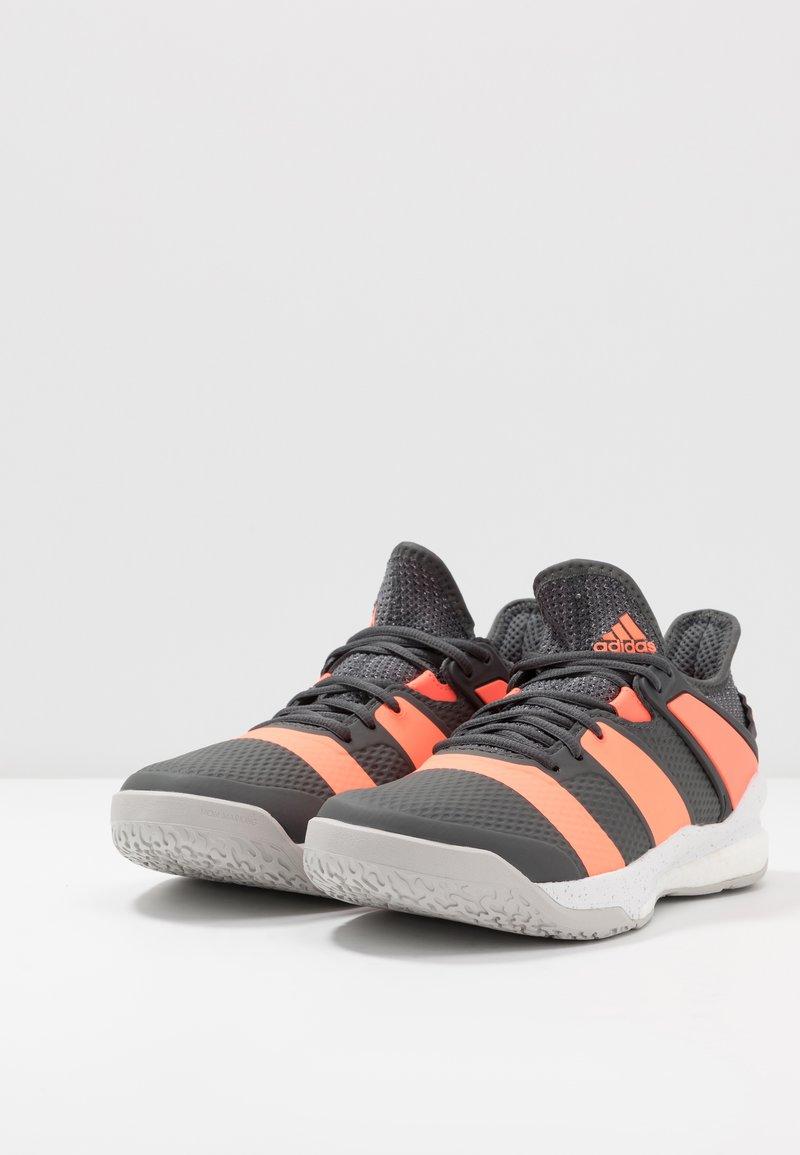 seno Discriminación tierra principal  adidas Performance STABIL X - Zapatillas de balonmano - grey six/signal  coral/grey two/gris - Zalando.es