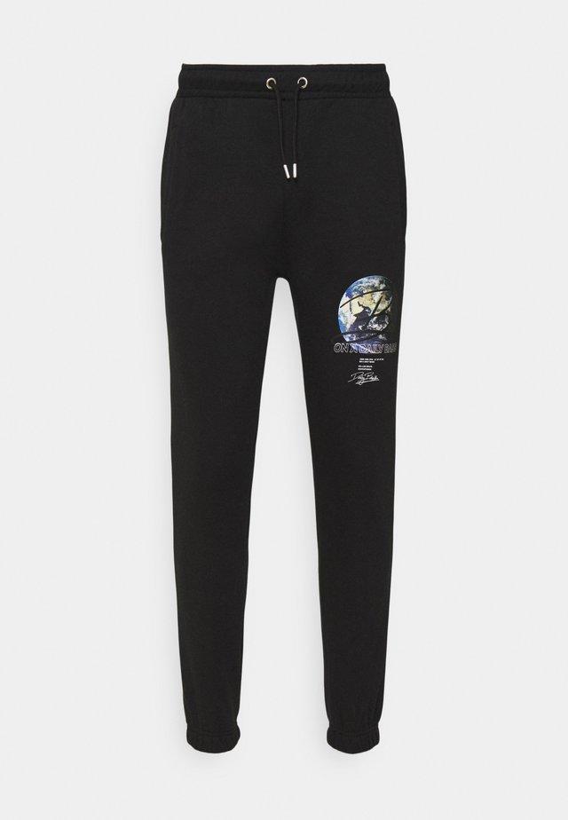GLOBE UNISEX - Teplákové kalhoty - black