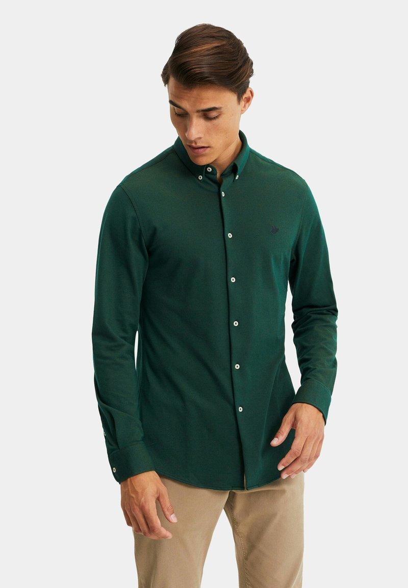 WE Fashion - SLIM FIT - Camicia - dark green