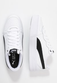 Puma - SKYE - Baskets basses - white/black - 3