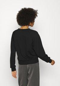 Anna Field - BASIC CLEAN  CREW NECK SWEATSHIRT  - Sweatshirt - black - 2