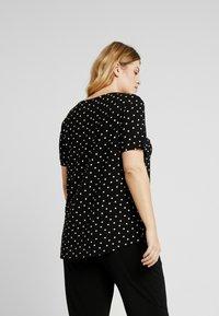 Evans - SPOT TEE - T-shirts print - black - 2