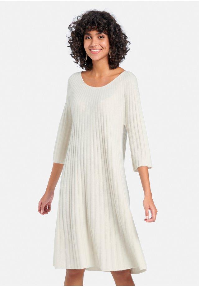 Jumper dress - wollweiß