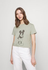 Cotton On - CLASSIC MICKEY - T-shirt con stampa - light sage - 0