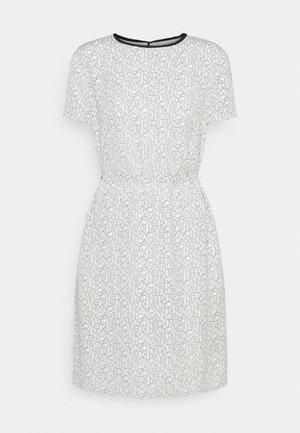 SHORT SLEEVE SHIFT DRESS - Vestido informal - beige