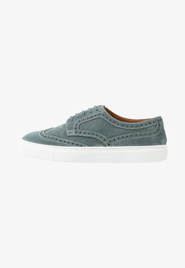 Casual lace-ups - york plumbeo