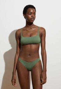 OYSHO - Bikini top - khaki - 1