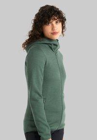Icebreaker - Zip-up sweatshirt - sage - 3