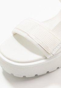 Vagabond - DIOON - Platform sandals - white - 2