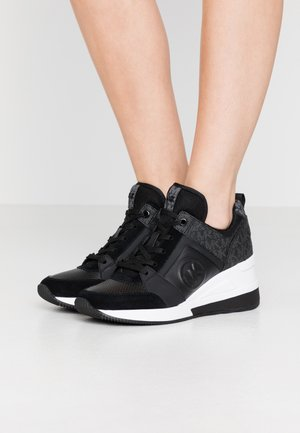 GEORGIE TRAINER - Baskets basses - black