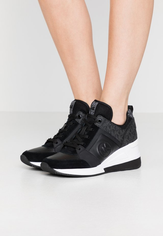 GEORGIE TRAINER - Sneakersy niskie - black