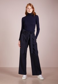 Libertine-Libertine - TAIL - Jumper - dark navy - 1