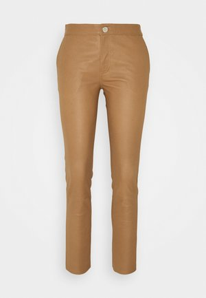 LEYA - Leather trousers - golden camel