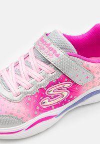 Skechers - POWER PETALS - Trainers - silver/pink - 5