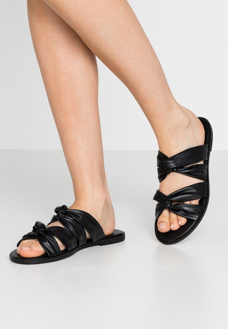 Anna Field - Pantofle - black