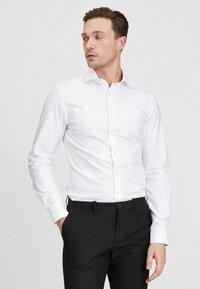 PROFUOMO - Formal shirt - white - 0